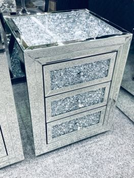 * Diamond Crush Crystal Mirrored 3 draw Bedside Chest with crush top and draws