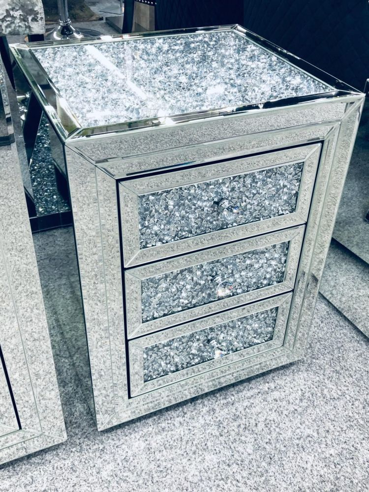 * Diamond Crush Crystal Mirrored 3 draw Bedside Chest with crush top and dr