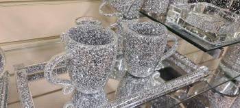 """ New Diamond Crush Drinks Mugs  Large - item in stock pair of 2"