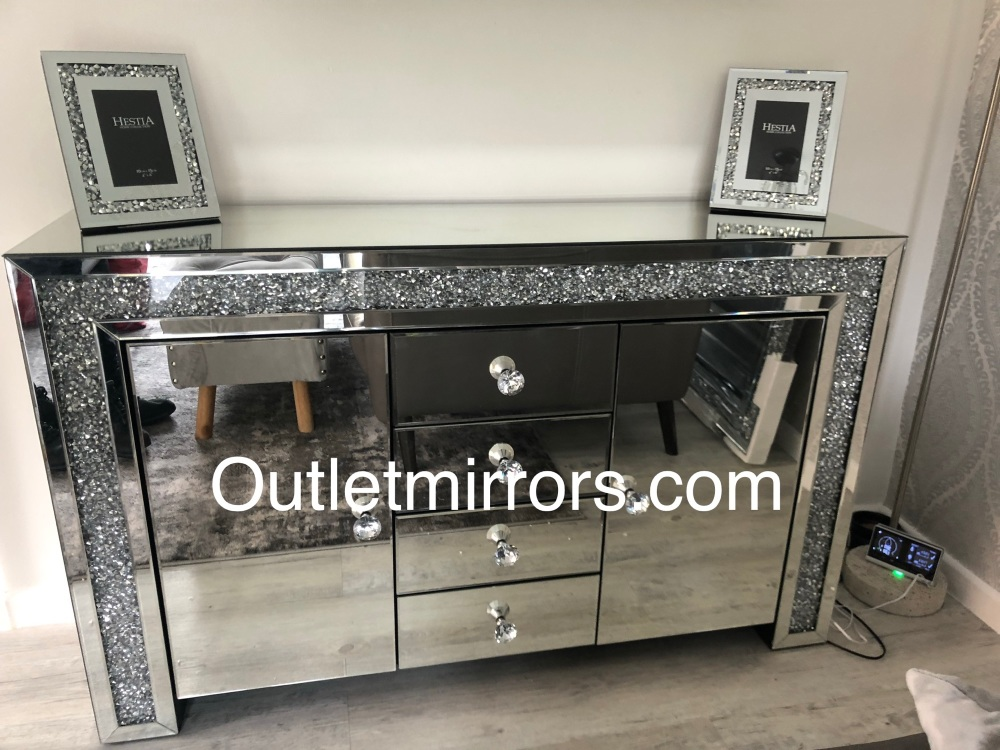 * Diamond Crush Sparkle Mirrored Sideboard 2 Door 4 draw - item in stock