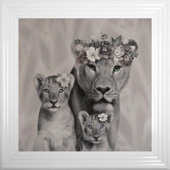 # Lion Queen & 2 Cubs in a Choice of Frame colours & 4 size options