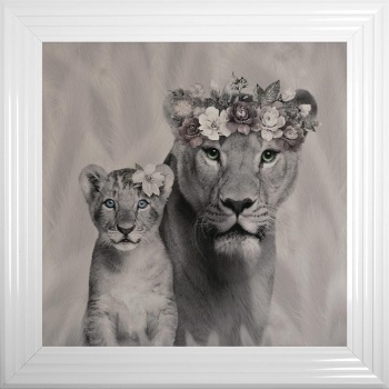 # Lion Queen & 1 Cub in a Choice of Frame colours & 4 size options