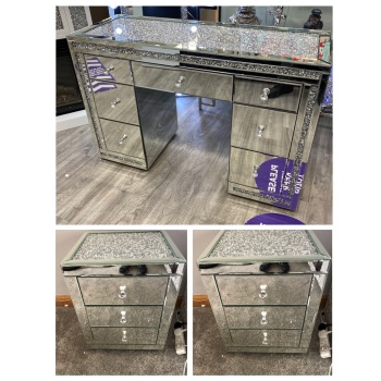 * Monica package Deal  Diamond Crush Mirrored 7 Draw Dressing Table with a Diimond crush Top & 2 bedside chest of draws stock due 30/10/21