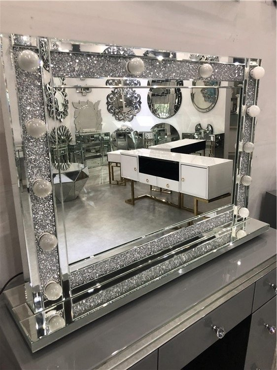 * Diamond Crush sparkle  Hollywood Mirror  Special offer 100cm x 70cm Stock