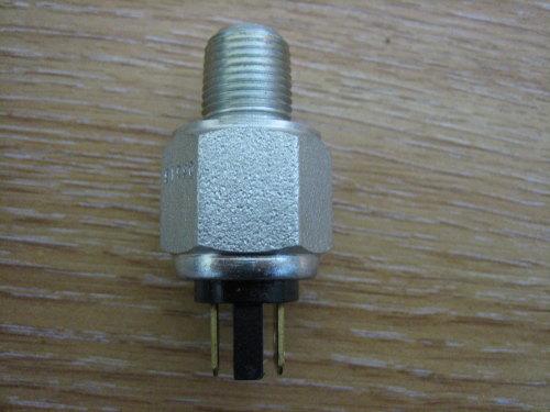 Brake Light Switch Rear fits 79-06 XL, 71-84 FL, L72-84 FX, 80-13,FLT, 82-9