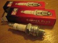 CHAMPION H8C Copper Plus spark plugs for XL 54-88 aftermarket alternative to OEM Harley davidson OEM #4