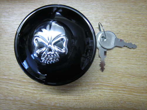 Black Locking Screw in Gas Cap with Skull Cover Fits Harley Davidson 96-07