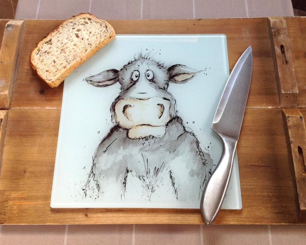 <!_001_>Cow Design