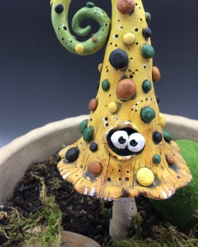 Garden Toadstool Decoration