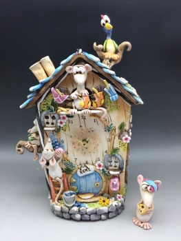 'Washing Day' Mouse Cuckoo Style Wall Clock with Pendulum