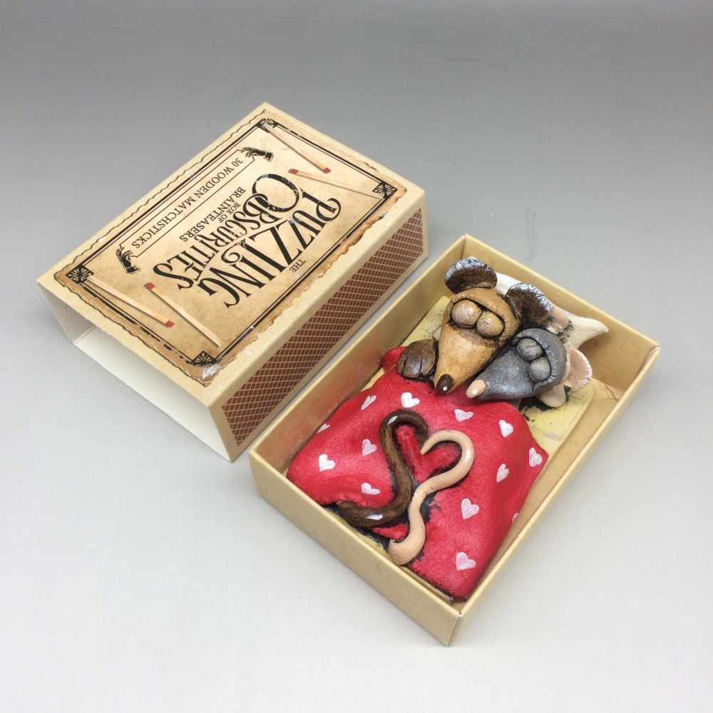 Mouse in a Matchbox Sculpture - Sweethearts