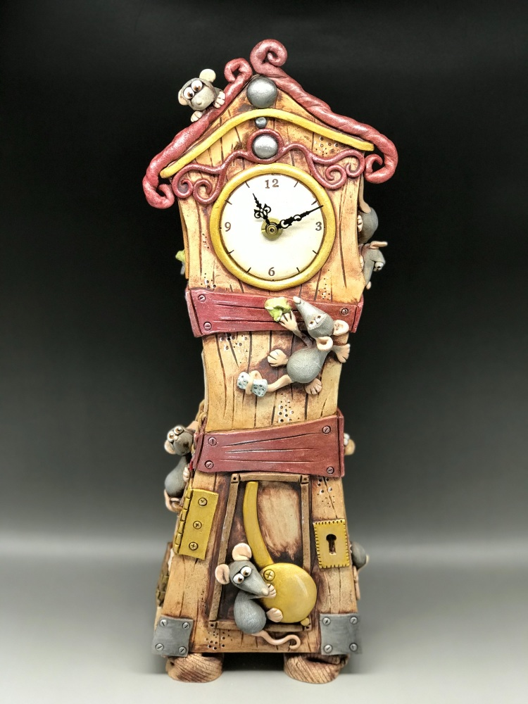 Mouse Design, Grandfather Style Mantel Clock