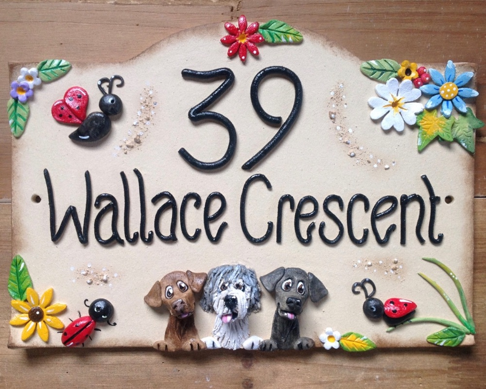 house signs hand made in ceramic. Black Bedroom Furniture Sets. Home Design Ideas