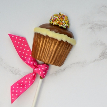 Chocolate Cupcake Lollipop