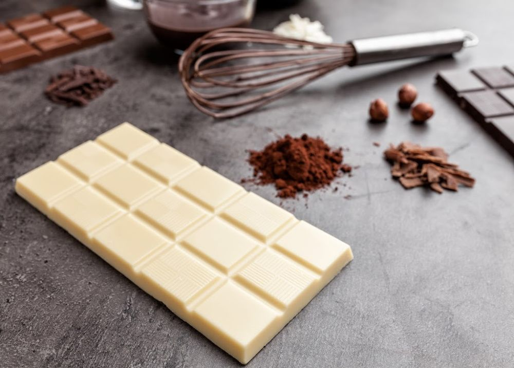 What is White Chocolate made of_