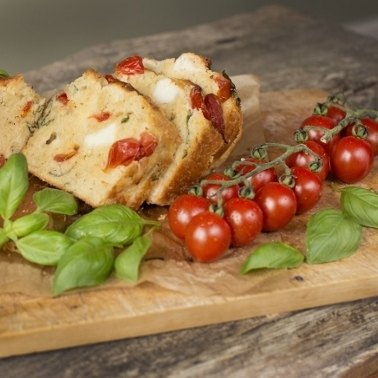 Goat\'s Cheese & Tomato Loaf