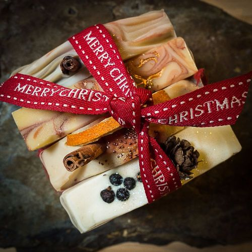 4 x Boxed Christmas soap gift