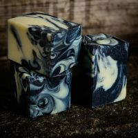 Coal & Clay Facial Cleansing Bar with charcoal and tea tree