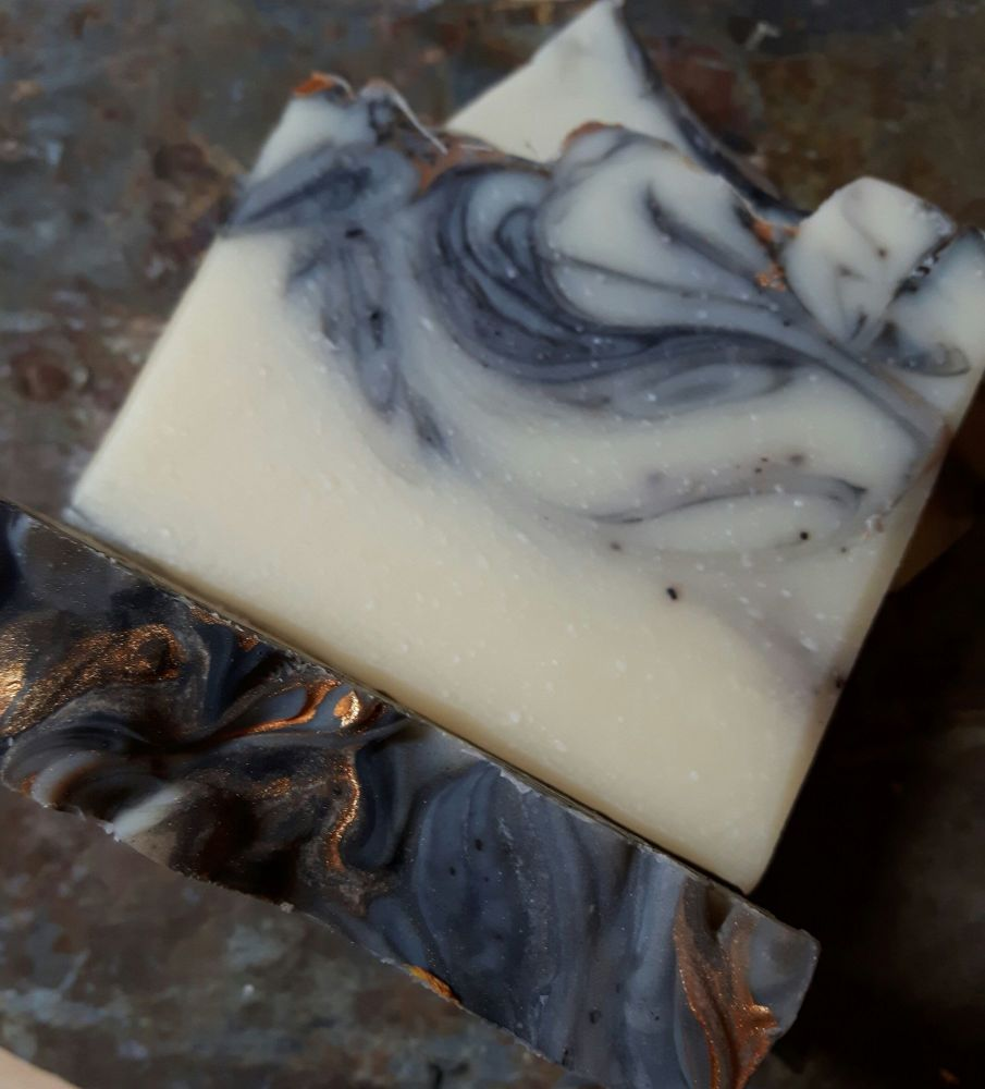 SALE - Lavender, Ylang ylang & Patchouli soap - REDUCED TO CLEAR