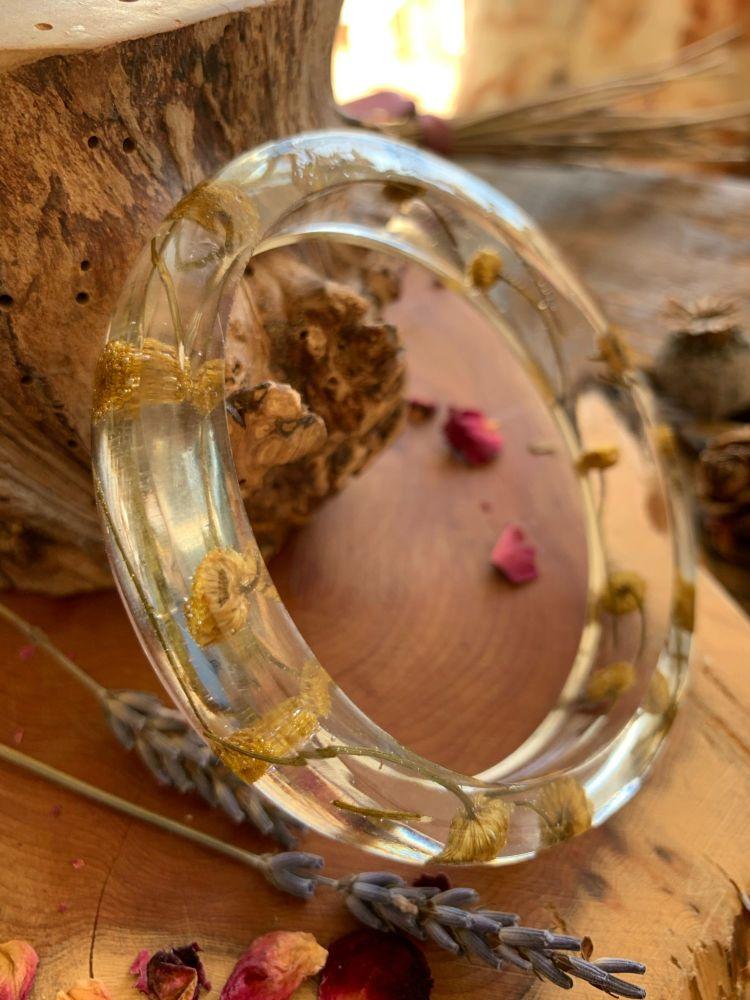 Slim Yarrow flower bangle