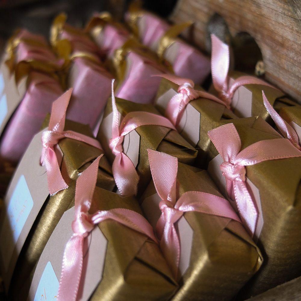 Custom soap wedding favours-5.jpg