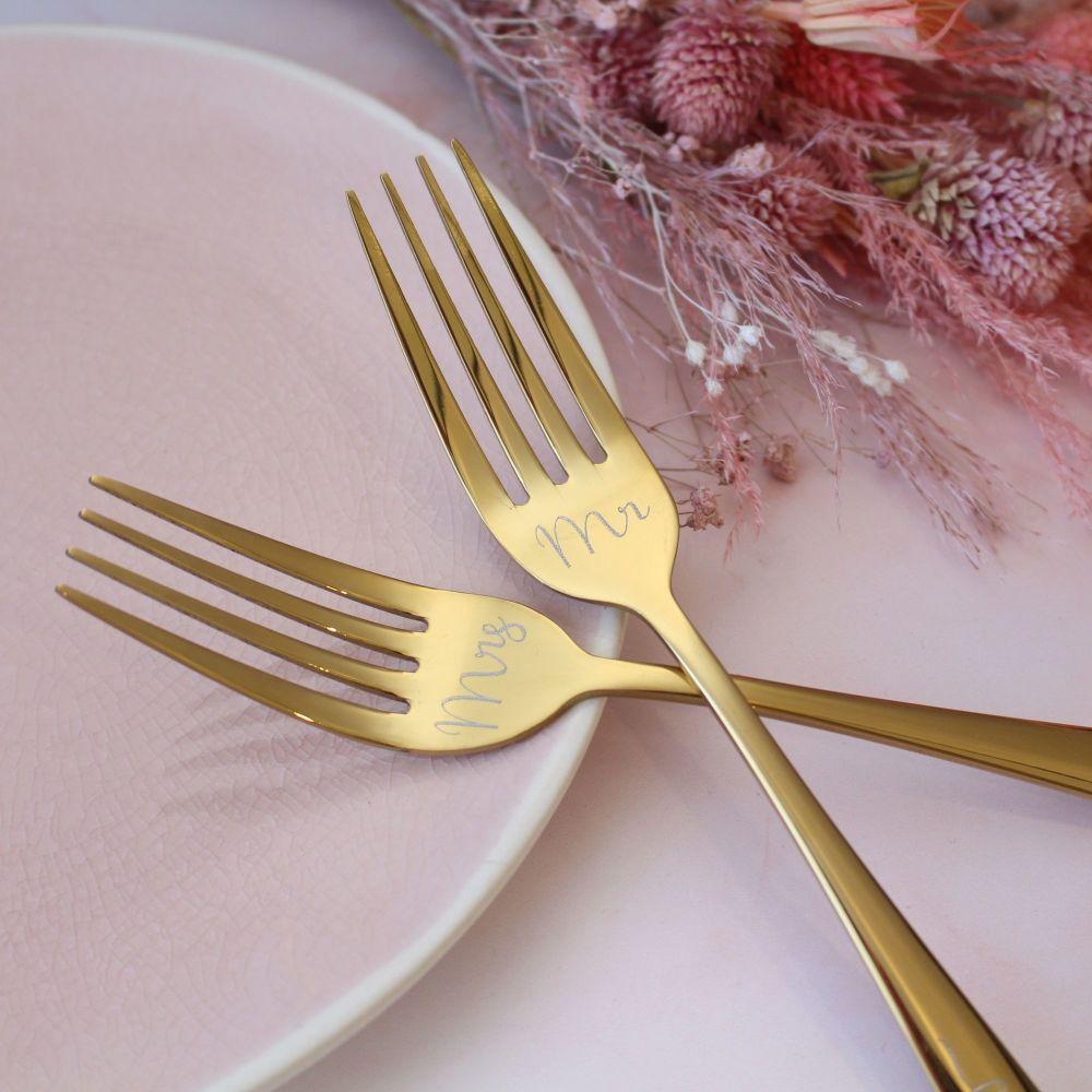 Gold Wedding Cake Fork Set | Personalised Wedding Forks | Polly Red