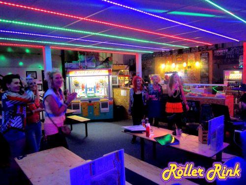 80s Karaoke Skater Girls 2017