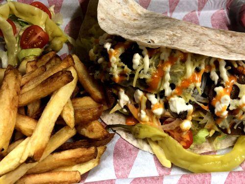 Vegan Kebab & Homecut Fries