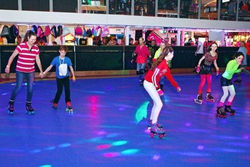 Boogie Wonderland Roller Disco 10
