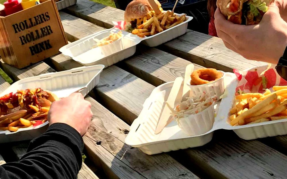 Take Away Burger & Skate Picnic Style Roller Disco Cornwall 2019