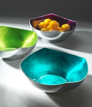 Enamelled Aluminium Large 4-Point Bowl