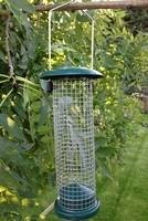 Wire Nut Feeder