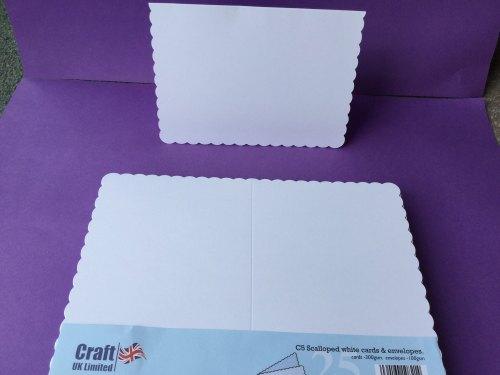 Card & Envelope pks C5 White Scalloped pk of 25 cards-300gsm,env-100gsm  line no 838