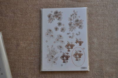 DECOUPAGE FLORAL BRONZE OULTINED DAISY F118