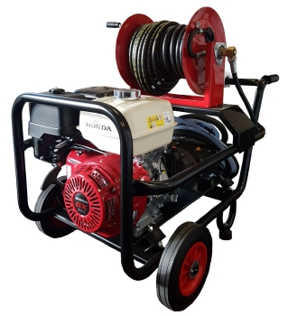 Comet 390HTR 3000PSI / 21 LPM Industrial Powerwasher