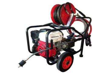 Maxflow 200HFFR Honda GX200 2200 Psi 14ltrs / min Petrol Power Washer with Comet pump