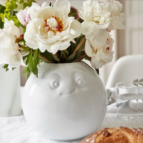 Round White Porcelain Flower Vase