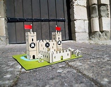 Gift in a Tin - Castle