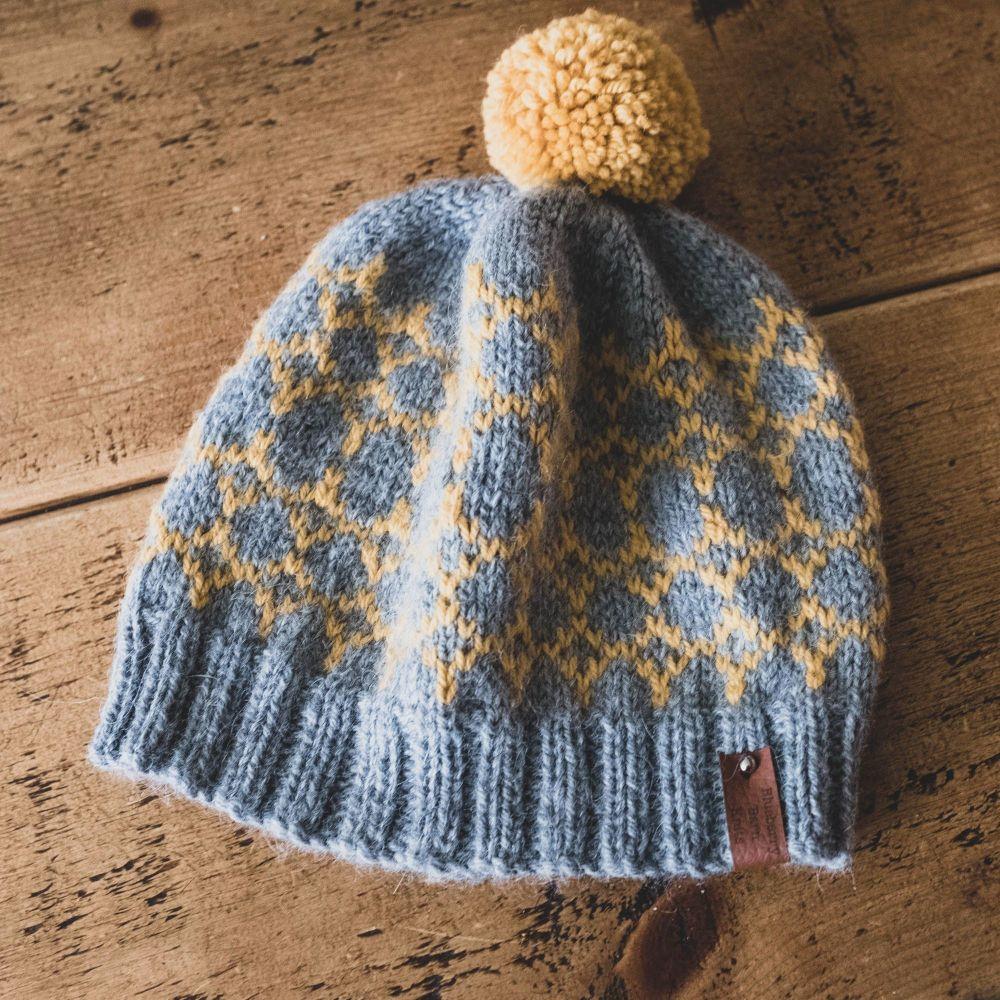 Beacons Adult Hat Faux Fur Pom Pom - Wool/Alpaca - Grey/Goldenrod