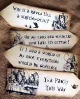 Set of 4 Alice in Wonderland Large Party Decoration Arrows