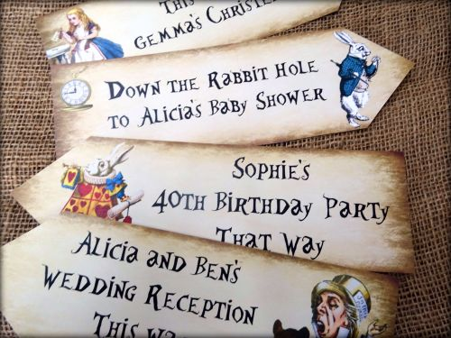 Set of 4 Personalised Alice in Wonderland Large Party Decoration Arrows