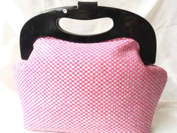 Pink retro handbag