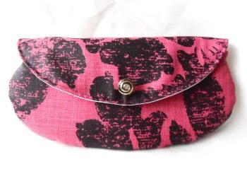 Raspberry and black Mini make-up bag