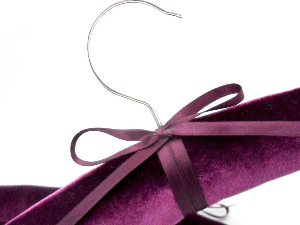 Velvet coat hangers