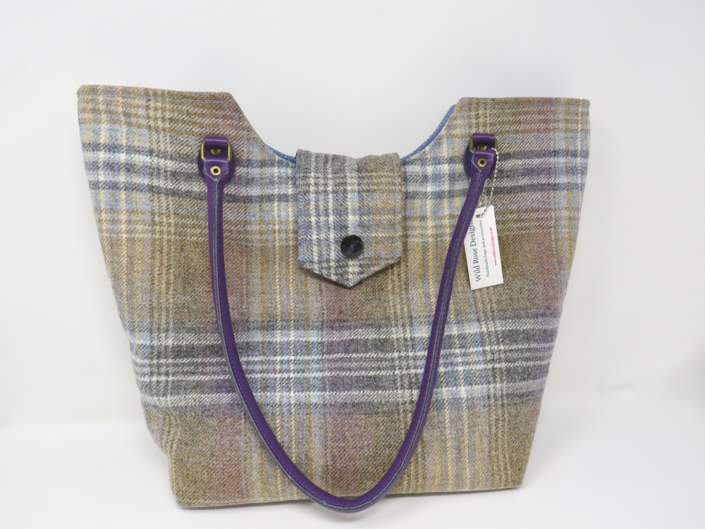 Blue wool tote bag