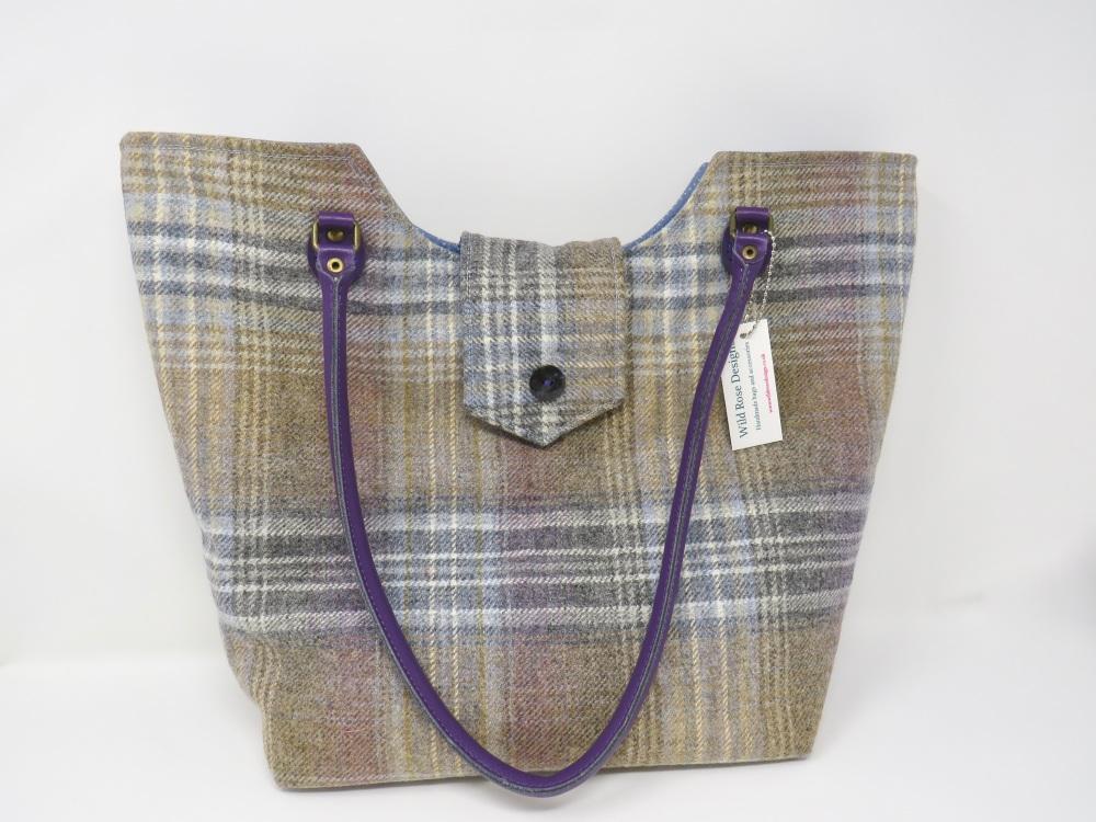 Blue wool tote bag
