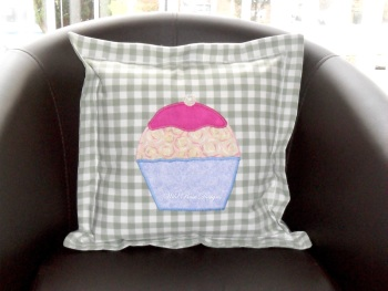 Gingham cupcake cushion