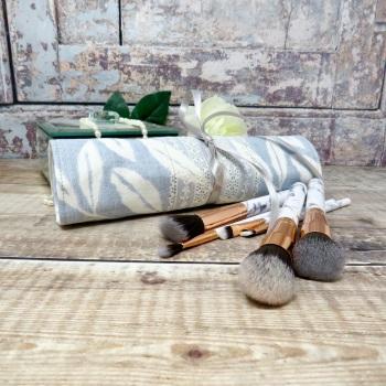 Leaf print makeup brush roll