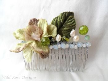 Green floral hair comb