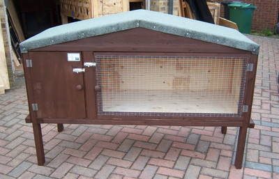 Rabbit Hutch with Apex roof